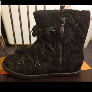 7.5 G BY GUESS GLITTERY BOOTS NIB
